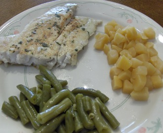 Baked Grouper w/ Green Beans, Diced Rutabagas, Whole Grain Bread