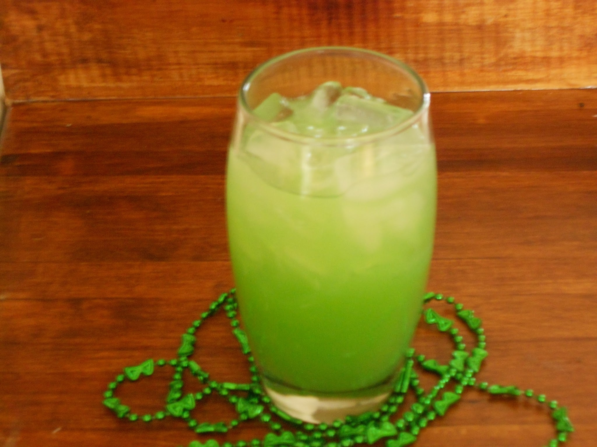 Non Alcoholic St. Patrick's Day Punch~Recipe Review