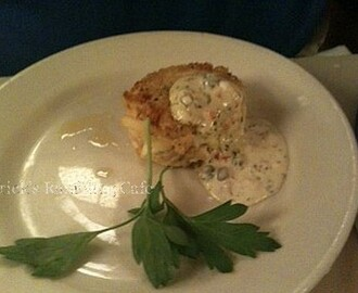 Ravigote Sauce with Crab Cakes