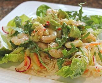 Thai inspired chilli prawns with noodles