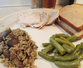 Boneless Chicken Roast w/ Long Grain Rice and Mushrooms, Mashed Potatoes, Green Beans...