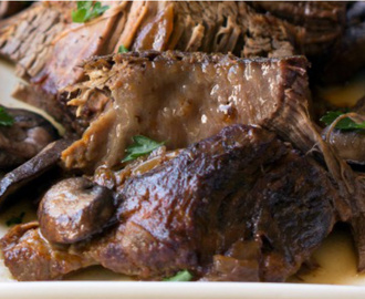 Talks of Tenderness? The Crock Pot Beef Burgundy Wins Over The Dutch Oven Version Anytime!