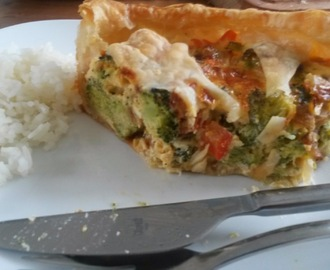Vegetarisch: Quiche met broccoli en tomaat