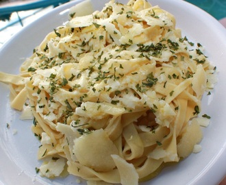 Grandma's Authentic Fettuccine Alfredo Recipe