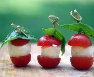 Caprese Bites for #SundaySupper