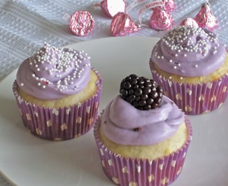 Berry Surprise Cupcakes with Cream Cheese Frosting