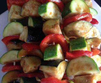 Recettes de comment couper la viande pour une plancha - Brochettes de poissons marines et grilles ...