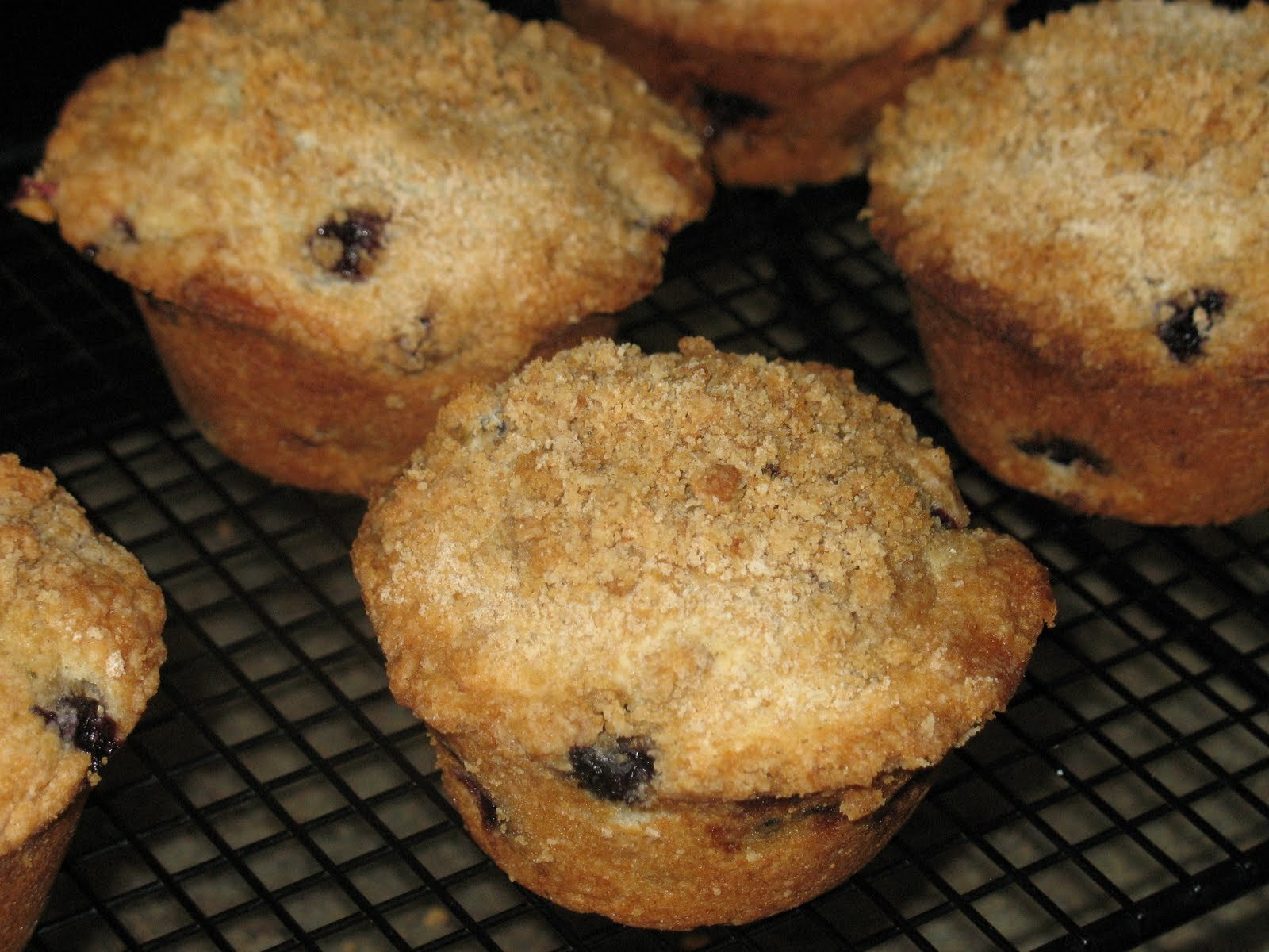 Fresh Blueberry Muffins with Streusel