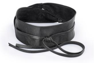 Skärp för kvinnor i 100% läder från Uta Raasch svart