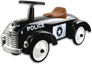 Gåbil sparkbil polis