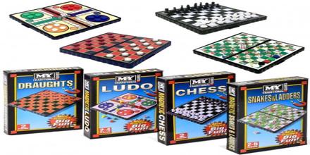 4-Pack Magnetic Mini Travel Games Fia Schack Snakes Dam