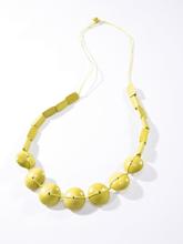 Halsband från Peter Hahn gul