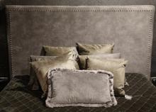 Darling sänggavel med nitar 180cm - Grå sammet
