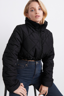 Re:gina cropped puffer