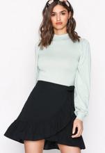 NLY Trend Wrapped Frill Skirt Minikjolar Svart