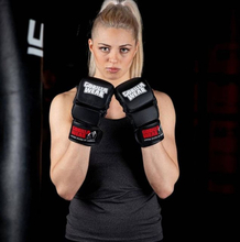 Gorilla Wear Ely MMA Sparring Gloves - sort/hvit