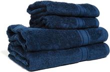 Marinblå handduk med namn (Storlek: Duschhandduk (70x130 cm))