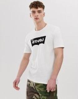 Levi's - Line8 - Vit t-shirt med spegelvänd fladdermuslogga och tryck på ryggen - L8 hero black white