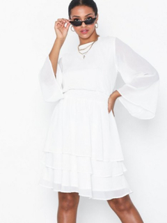 Sisters Point Nicoline Dress Loose fit