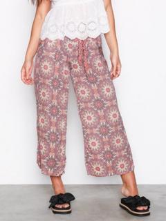 Odd Molly honey-coated pants Byxor Mahogany