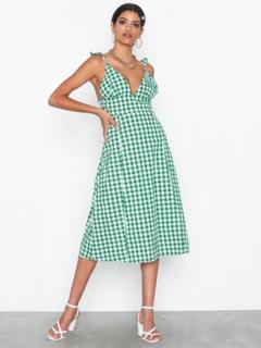 Glamorous Gingham Dress Loose fit dresses