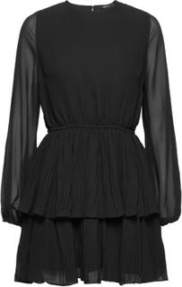 Amber Pleated Dress Kort Kjole Sort Gina Tricot