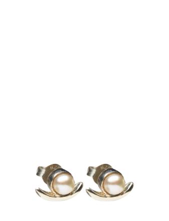 Refined Pearl Single Earring