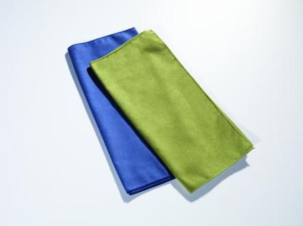 Cocoon Microfiber Towel matkapyyhe vihreä