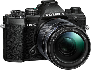 Olympus OM-D E-M5 Mark III + 14-150/4,0-5,6 Svart, Olympus