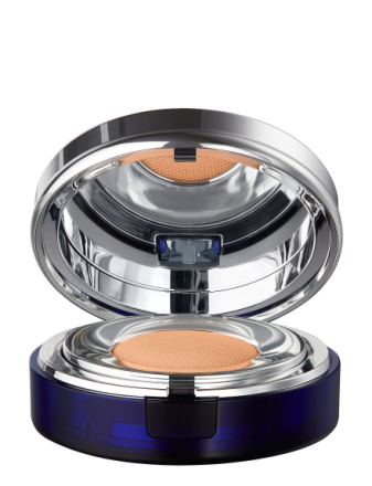 Essence In Foundation Golden Beige Compact Foundation
