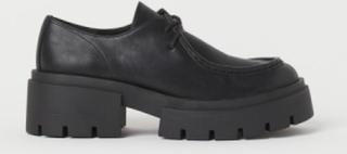H & M - Kraftige sko med mokkasinsøm - Sort
