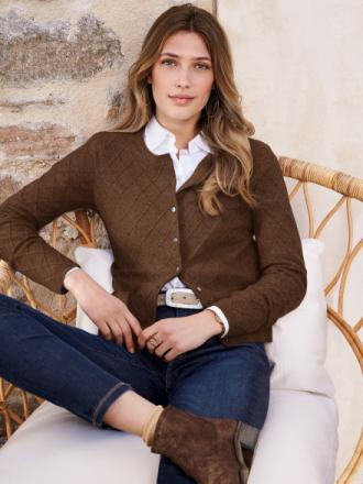 Kofta i 100% ren ny ull från Peter Hahn brun