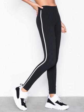 NLY Trend Striped Leggings Svart