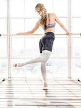 ToeSox Farrah Leg Warmers-säärystimet (Platinum)