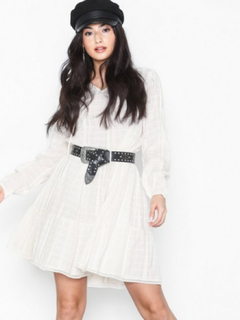 Noisy May Nmzeka L/S Dress 3 Loose fit dresses