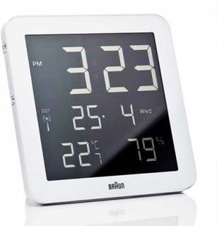 Väggklocka - Braun Digital LCD RCC White