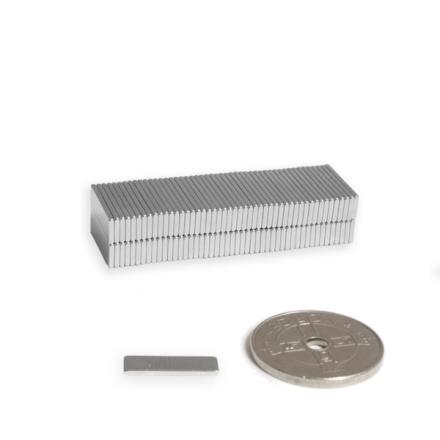 Mini magnetplate 10 x 2,5 x 1 mm, styrke 450 g - beste tilbud på magneter