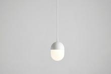 Dot pendant, medium white