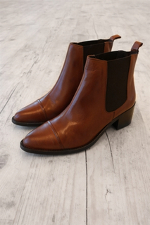 Bianco - Støvler - Dress Chelsea Ankel Boot - Cognac