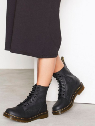 Dr Martens Pascal Virginia Boot Svart