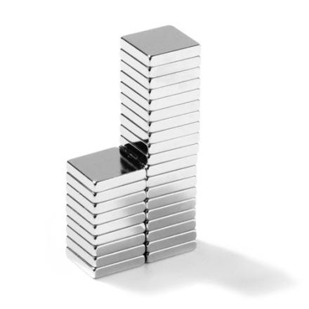 Blokk magnet 10 x 10 x 2 mm