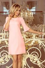 217-4 NEVA Trapezowa sukienka z rozkloszowanymi rękawkami - PASTELOWY