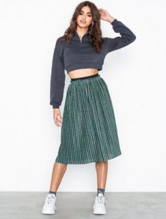 Yassilova Pleated Skirt