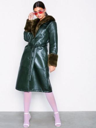 NLY Trend Patent Fur Coat Faux Fur
