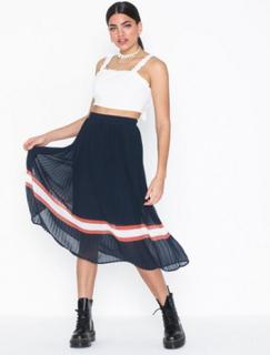 Yasselena Pleated Skirt D2D
