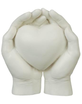 Med Hjertet I Hendene - Figur 11 cm