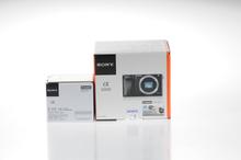 Sony Alpha 6000 Systemkamera mit 16-50mm Objektiv (Englisch Version) - Schwarz