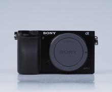 Sony Alpha 6000 Systemkamera (nur Englisch) nur Gehäuse/Body - Schwarz