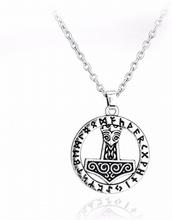 """Halsband """"Tors hammare"""" i rostfritt stål med antik Silverplätering"""