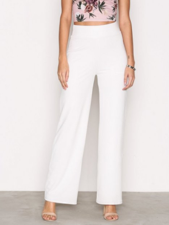 NLY Trend Crepe Straight Pants Byxor Vit